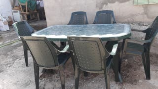 Mesa y 6 sillas jardin