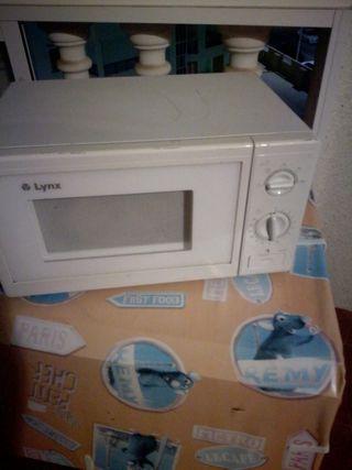 microondas pequeño