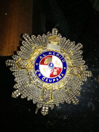 Medalla militar al merito en campaña