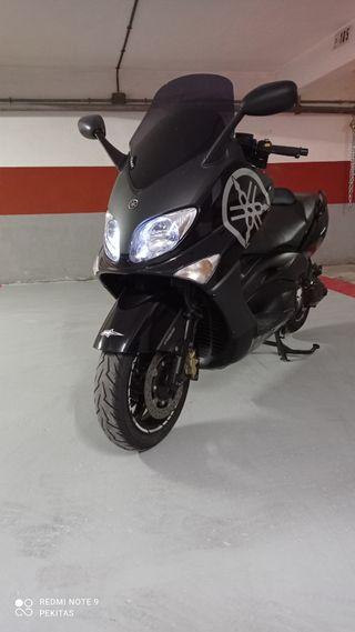 Yamaha tmax 33000 km