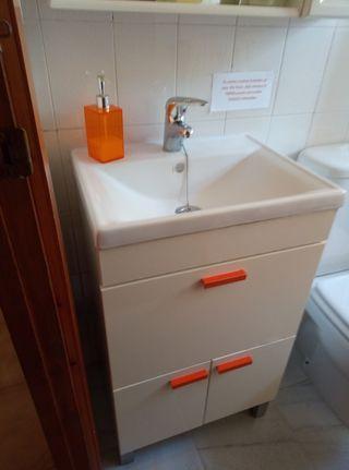 Conjunto de lavabo para baño pequeño