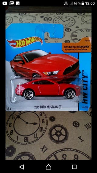 '15 Ford Mustang GT Red Hot wheels 2014
