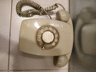 Teléfono antiguo baquelita para colgar