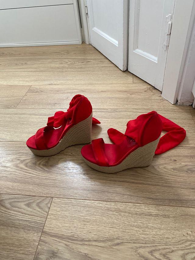Alpargatas, sandalias cuña rojas Totalmente nuevas