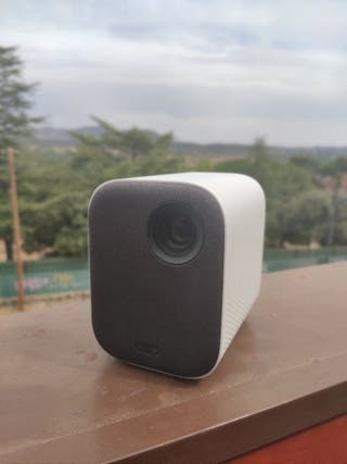 """Proyector Xiaomi Youth 3D 200"""" Rooteado"""