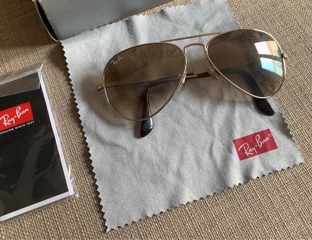 Gafas Ray-Ban Aviator doradas