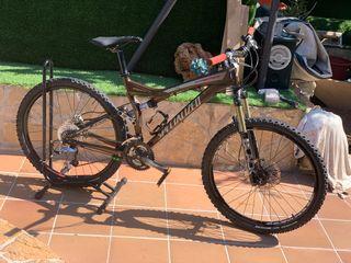 Bicicleta de montaña specialized stumjumper.