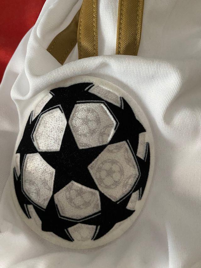 Camiseta Real Madrid Champions League