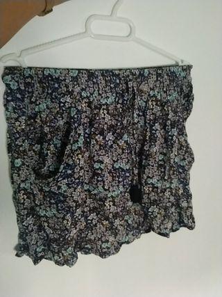 falda flores Stradivarius