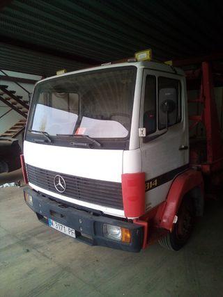 Mercedes-Benz 814 1995