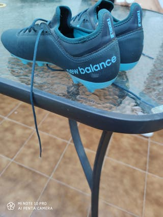 botas New Balance talla 42.5