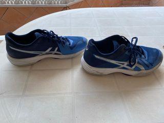 Zapatillas voleibol ASICS Gel tactic talla 40.5