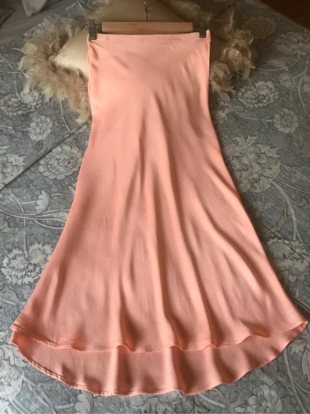 Falda satinada Zara