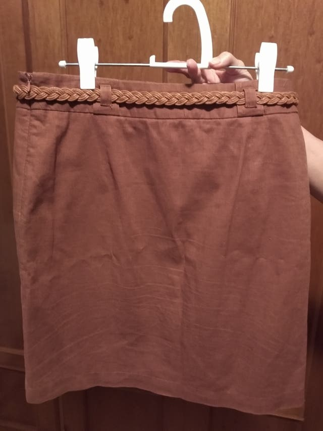 Falda de lino