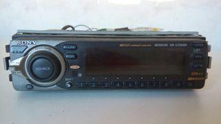 radio cassette Sony para coche.