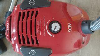 aspiradora AEG VX6