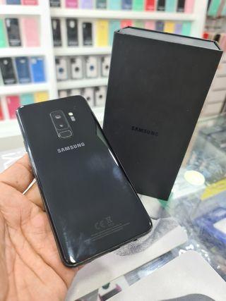 S9 PLUS 64 GB CON CAJA ( COMO NUEVO)