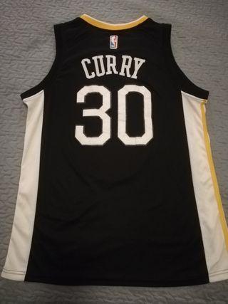 camiseta curry