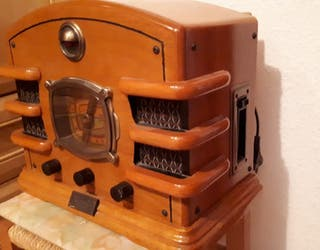 Radio antigua con cassette