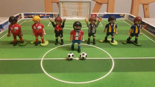 Futbolín PLAYMOBIL portátil