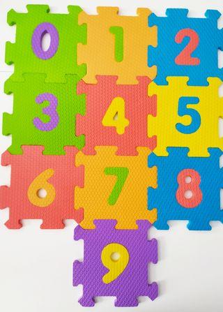 Alfombra-puzzle bebé de goma eva