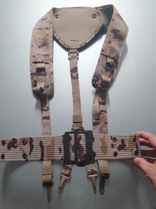 trinchas áridas pixelado, militar