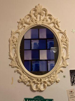 Marco decorado sin vidrio