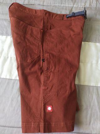 Pantalon corto Ocun