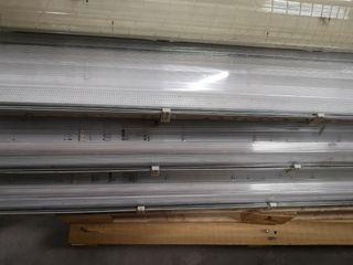 12 pantallas fluorescente 2x58w