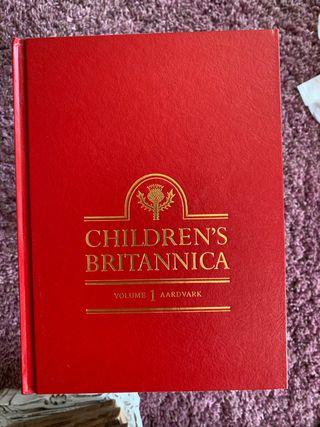 CHILDRENS BRITANNICA ENCYCLOPAEDIA FULL SET 1988