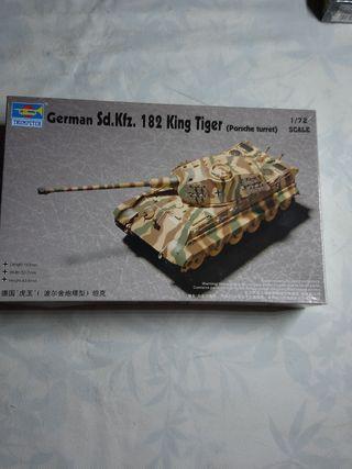 maqueta 1/72 182 king tiger