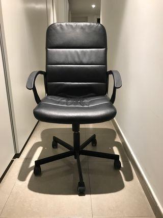 Silla de oficina con ruedas de Ikea
