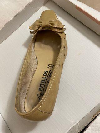Zapatos tacón bajo piel talla 36