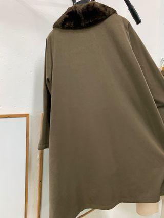 Abrigo capa verde