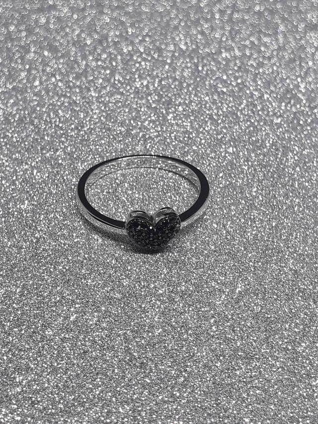 J.P Natural Black Spinel Heart Rings 925 S.S