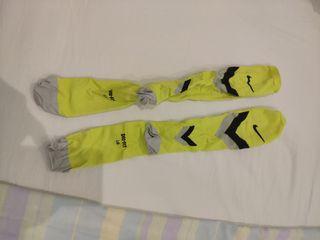medias compresión Nike