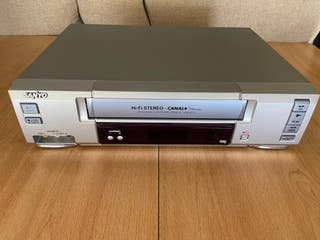 Video Reproductor VHS Sanyo VHR - H772
