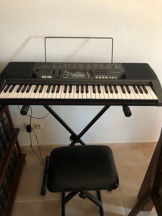 Teclado de Piano Casio