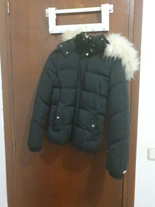 pluma abrigo Bershka