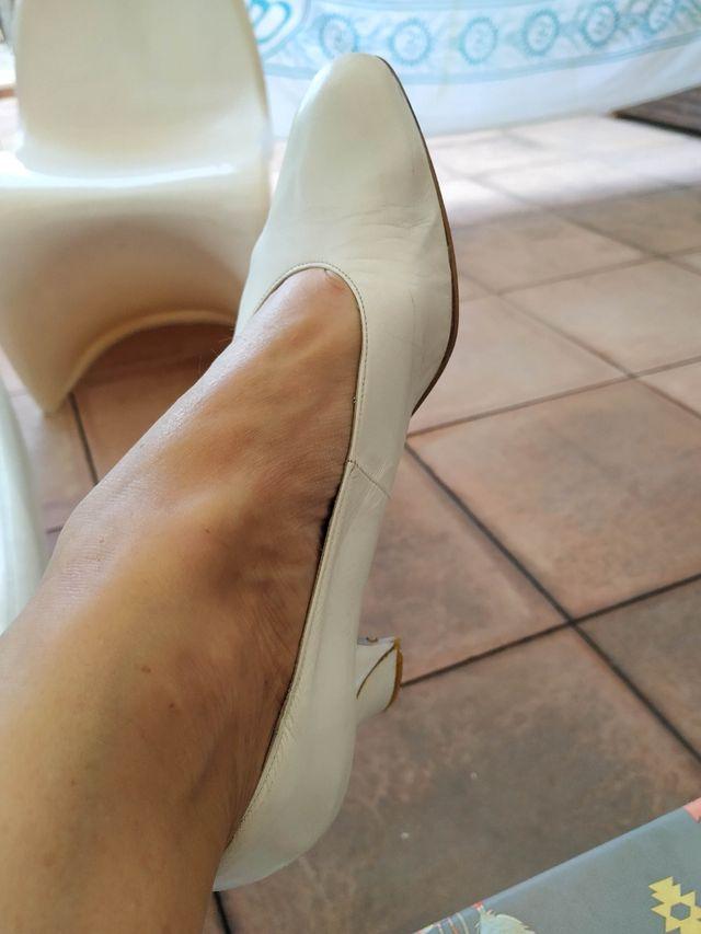 Zapatos Blancos de Novia. o no....