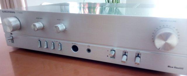 Amplificador vintage GRUNDIG V1000 70 W RMS.
