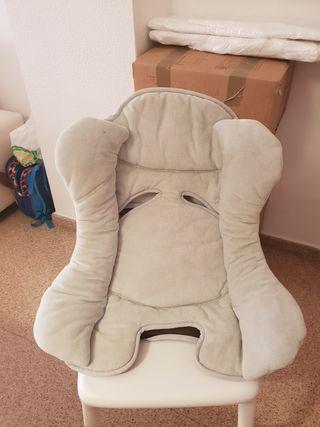 Cojin adaptador para silla de coche Bebé Confort