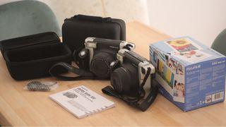 Fujifilm Instax Wide 300 y funda