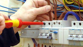 Electricista Averias Instalaciones Sierra Aracena