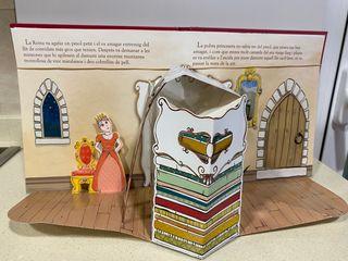 """Libro """"La Princesa i el pesol """" en catalán"""
