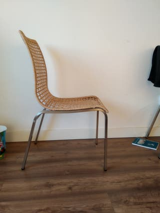 4 Sillas de salón- comedor Ikea