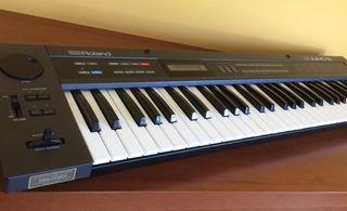 Sintetizador analógico Roland Alpha Juno 2