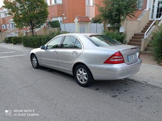 Mercedes-Benz Clase C 2003 solo 165.000 km