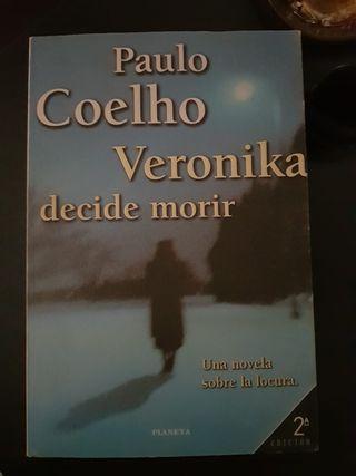 Libro: Veronika decide Morir