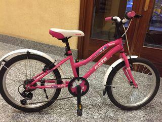 Bicicleta de niña con marchas